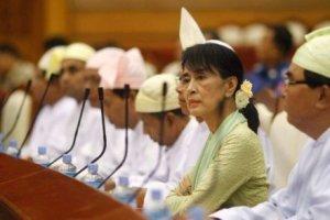 MYANMAR_-_assk_parlamento_ok