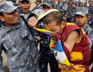 NEPAL_rights_monk