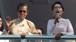 Yangon : Leader of Myanmar's National League for Democracy party, Aung San Suu Kyi, delivers a speech with party patron Tin Oo, left, from a balcony of her party headquarters in Yangon, Myanmar, Monday, Nov. 9, 2015. With tremendous excitement and hope, millions of citizens voted Sunday, Nov. 8 in Myanmar's historic general election that will test whether the military's long-standing grip on power can be loosened, with opposition leader Suu Kyi's party expected to secure an easy victory. AP/PTI(AP11_9_2015_000012B)