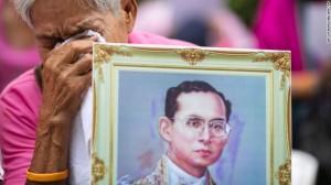 161013104848-01-thailand-king-bhumibol-adulyadej-1013-exlarge-169